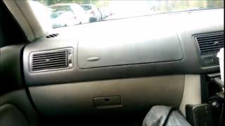 Минет в машине во время движения с окончанием в рот