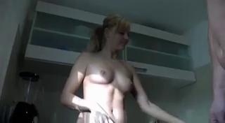 Русский секс на кухне