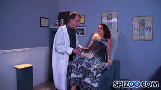 Сексуальный осмотр у врача